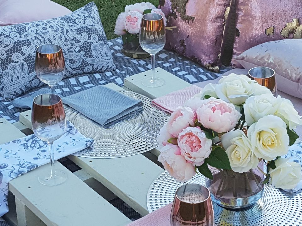 Perth pop up picnic, fully setup ad ready for small groups or for a romantic get gesture